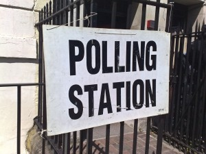 1280px-Polling_station_6_may_2010